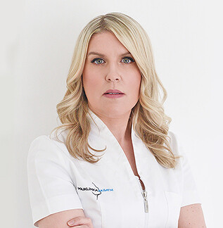 Ana Mogulić, Medical beautician