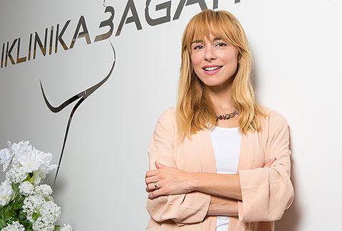 Iva Šulentić na mini anti-age tretmanu