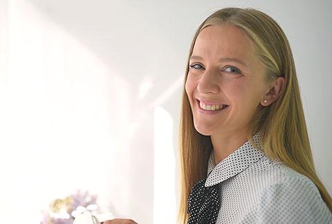 PREMIJERA novog videa: 10 koraka do mladolikog izgleda lica - Med Visage